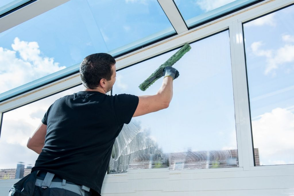 Qualities of Glass Cleaning Companies